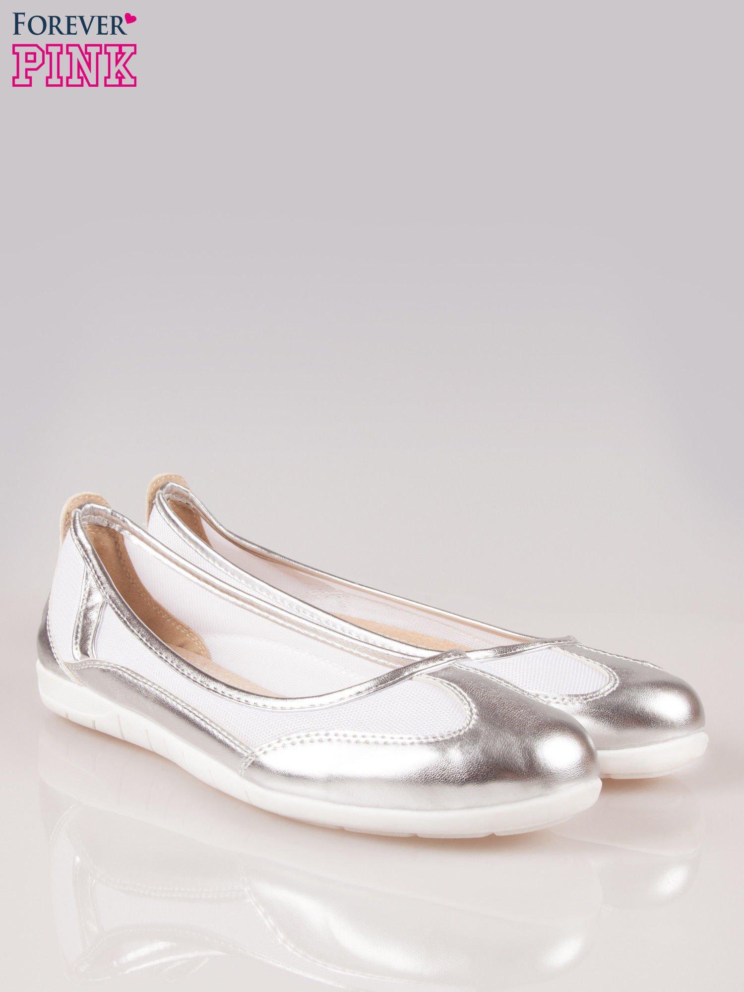 Srebrne siateczkowe baleriny Comfort w sportowym stylu                                  zdj.                                  2