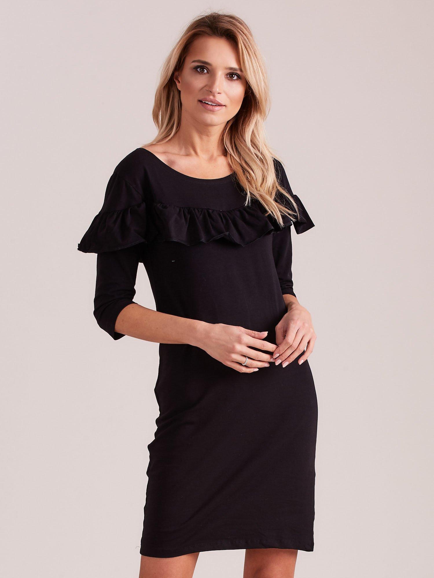 Sukienka czarna z szeroką falbaną
