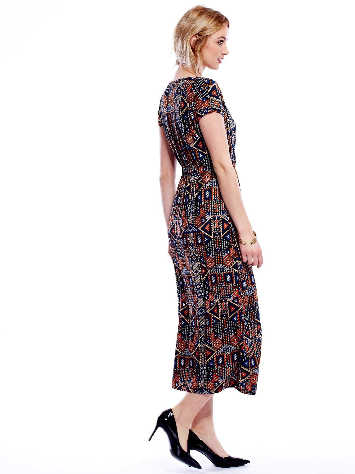 ccd7b14141bacf Sukienka w geometryczne wzory maxi - Sukienka z printem - sklep ...
