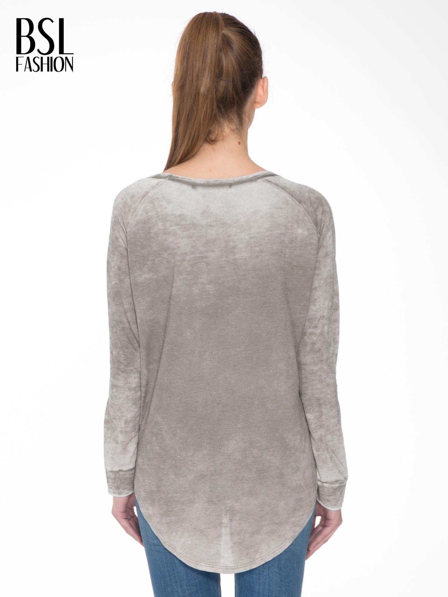 Szara bluzka z nadrukiem I LOVE BSL i efektem sprania                                  zdj.                                  4