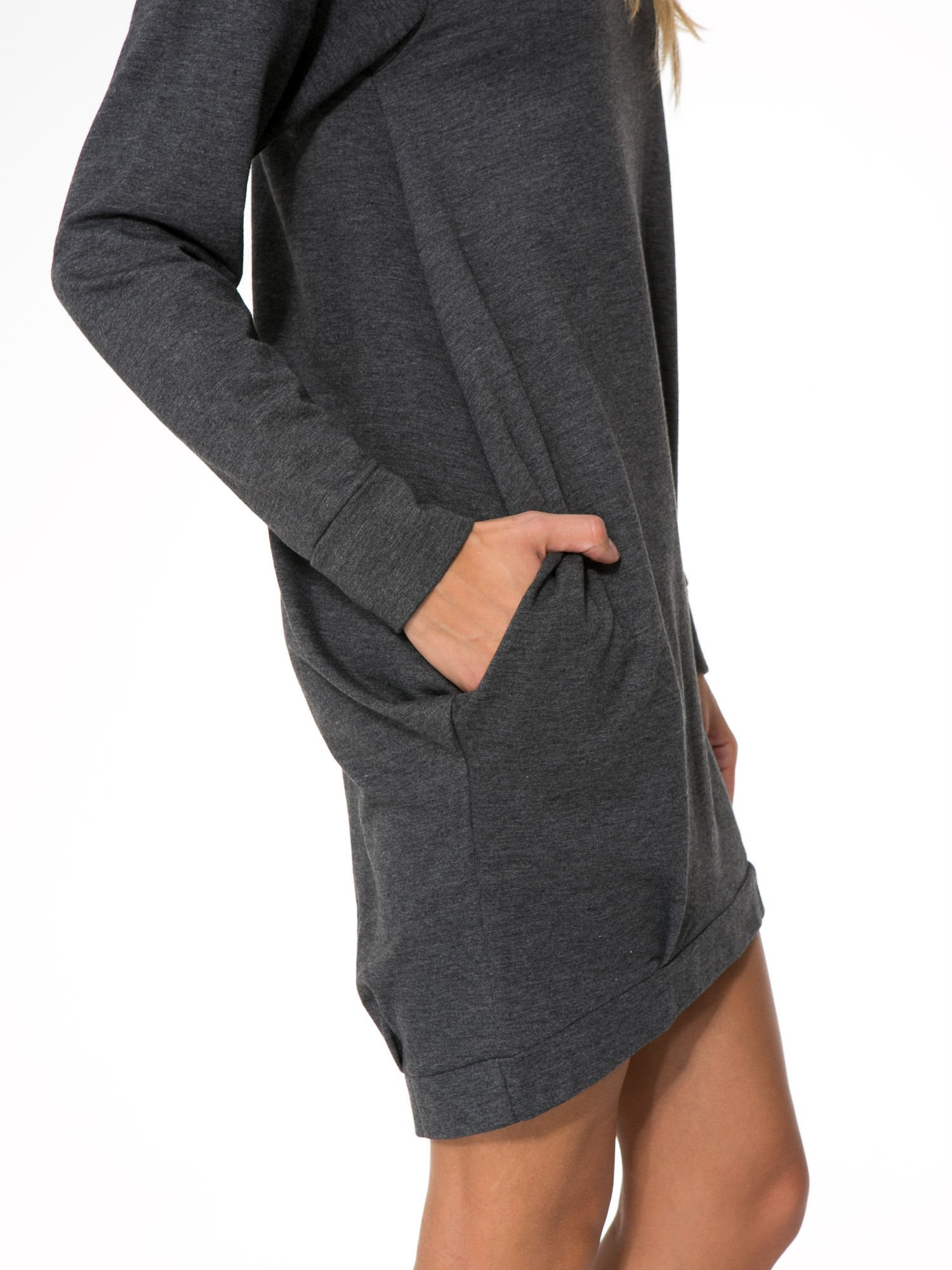 Szara dresowa sukienka oversize z ozdobnymi kieszeniami                                  zdj.                                  8