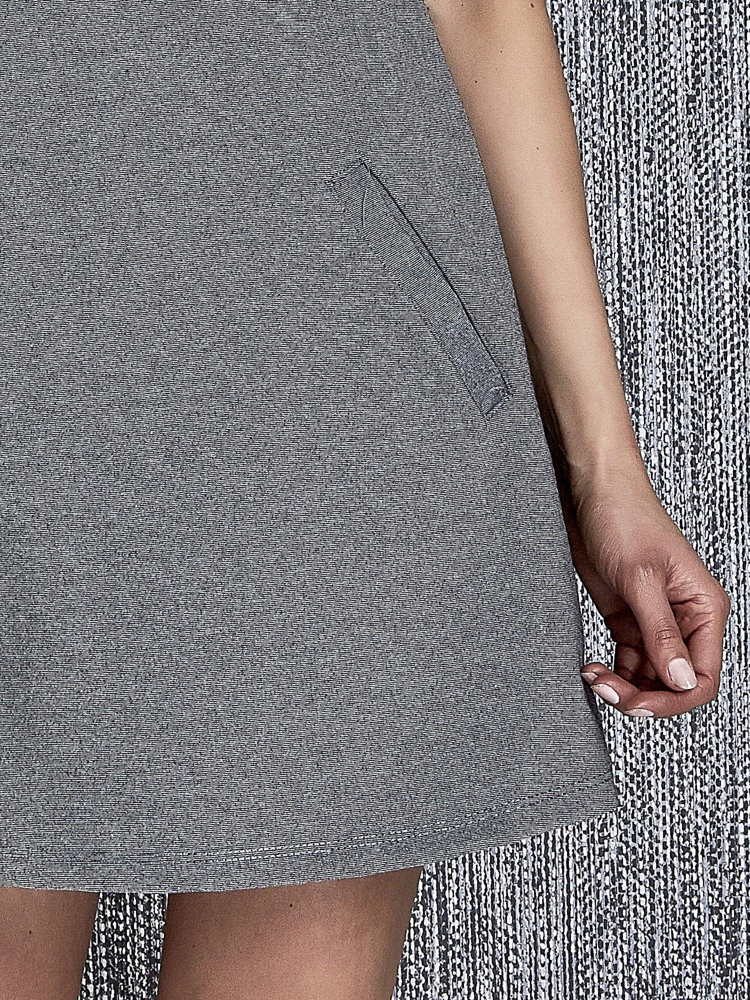 Szara trapezowa sukienka z kieszeniami                                  zdj.                                  6
