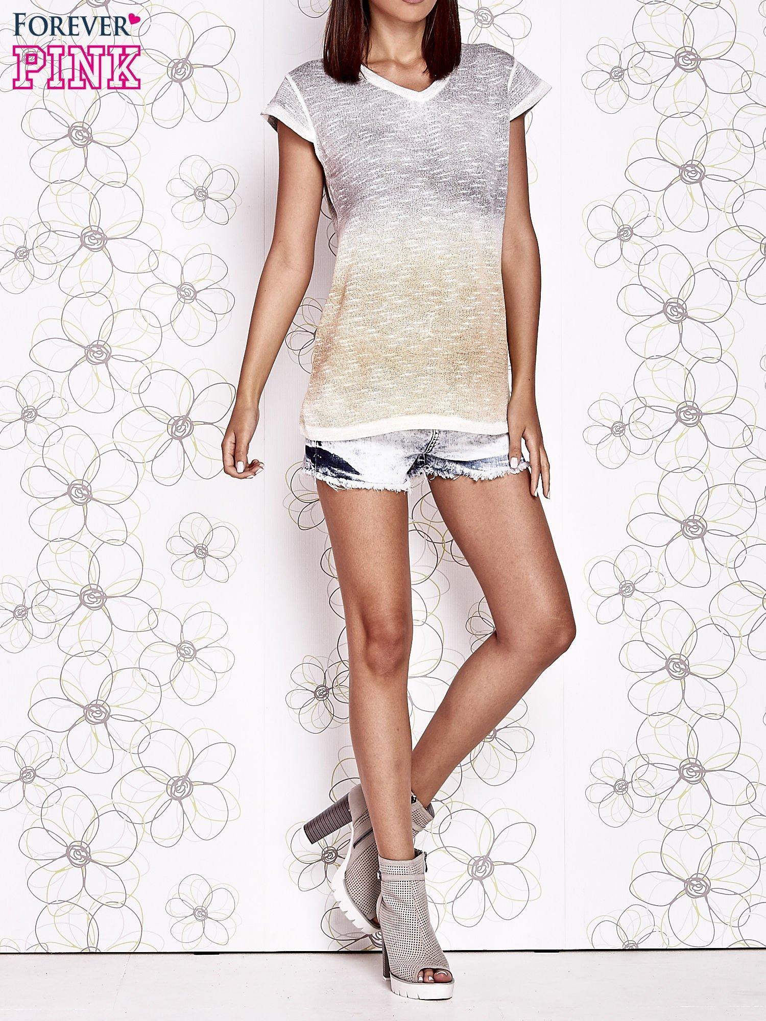 Szaro-beżowy t-shirt z efektem ombre                                  zdj.                                  6
