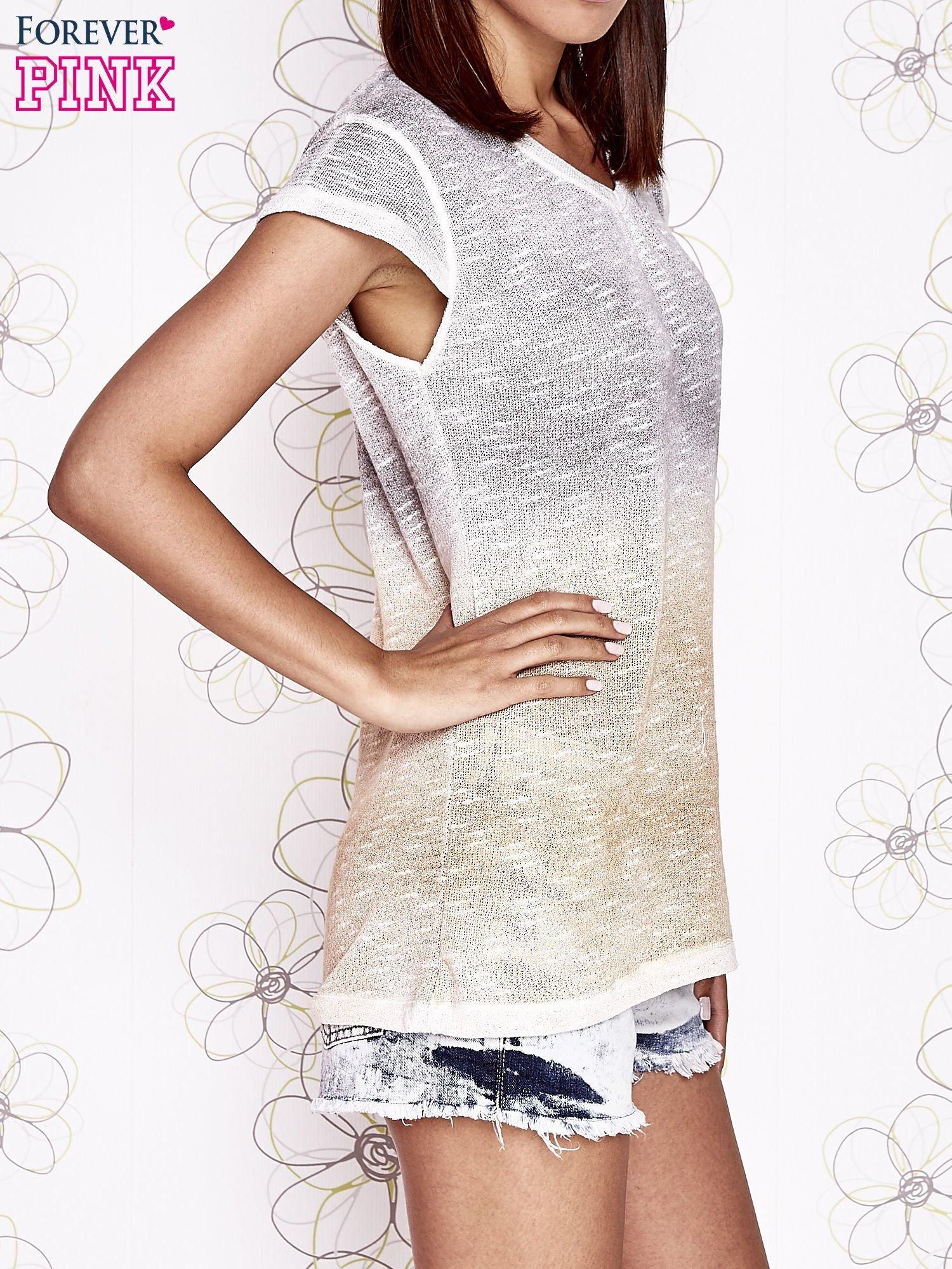 Szaro-beżowy t-shirt z efektem ombre                                  zdj.                                  3