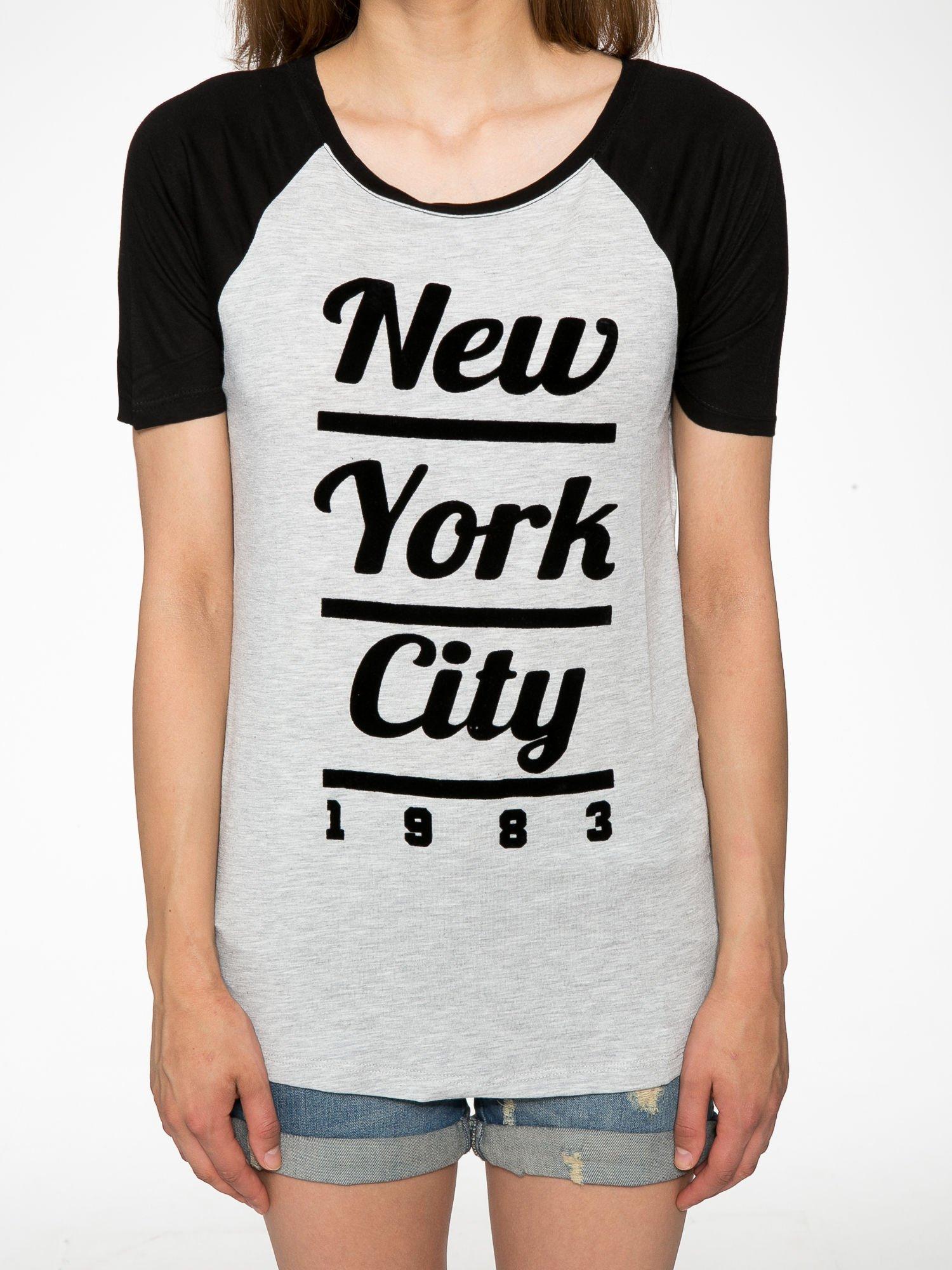 Szaro-czarny t-shirt z nadrukiem NEW YORK CITY 1983                                  zdj.                                  7