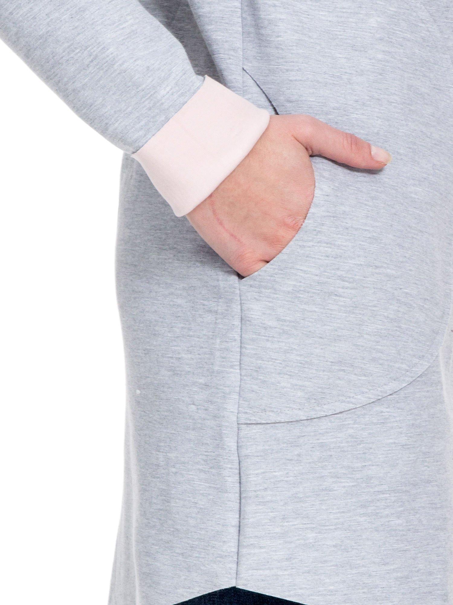 Szary dresowy płaszcz oversize z różową podszewką                                  zdj.                                  8