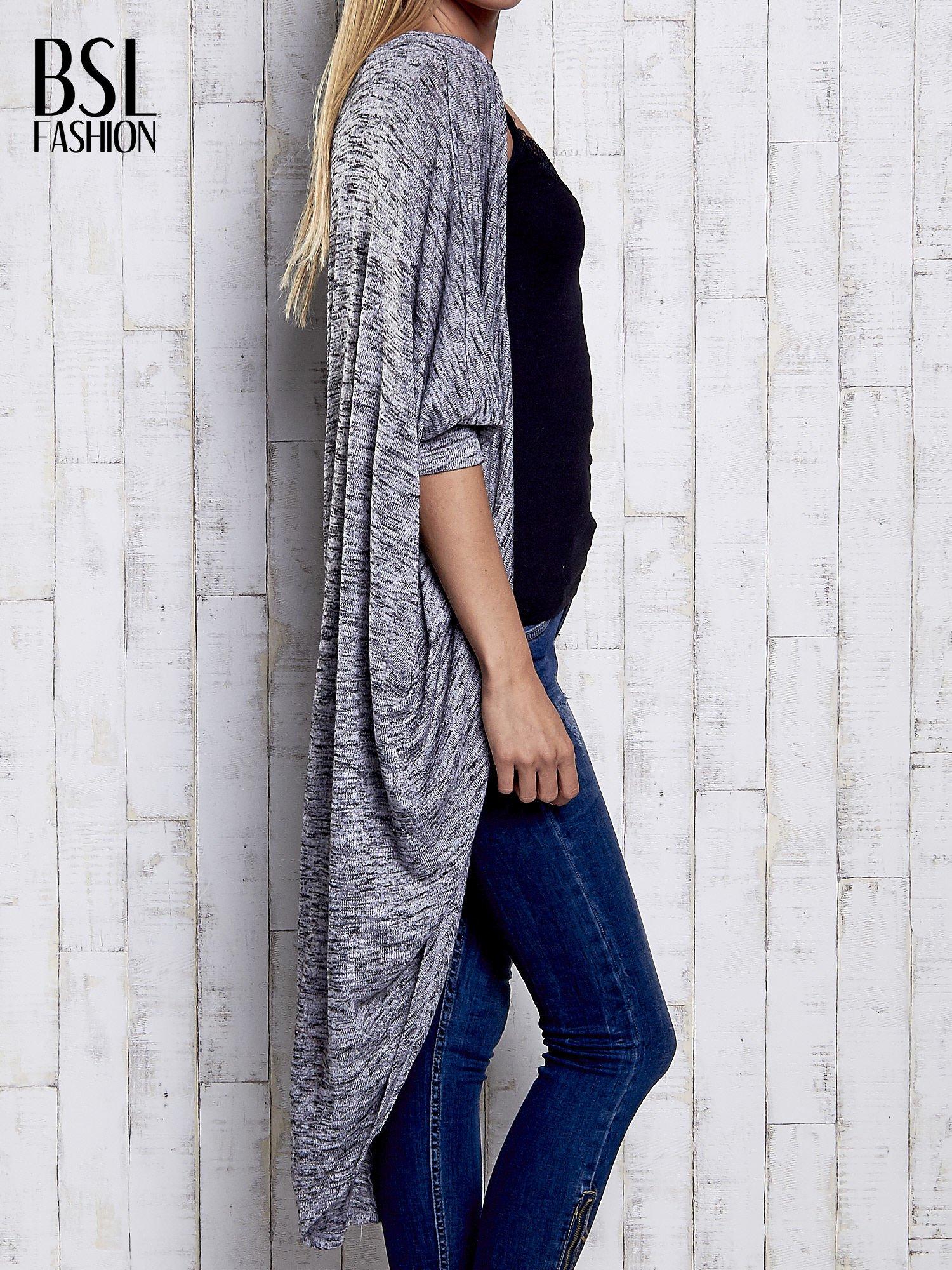 Szary melanżowy sweter z rękawem nietoperz                                  zdj.                                  4