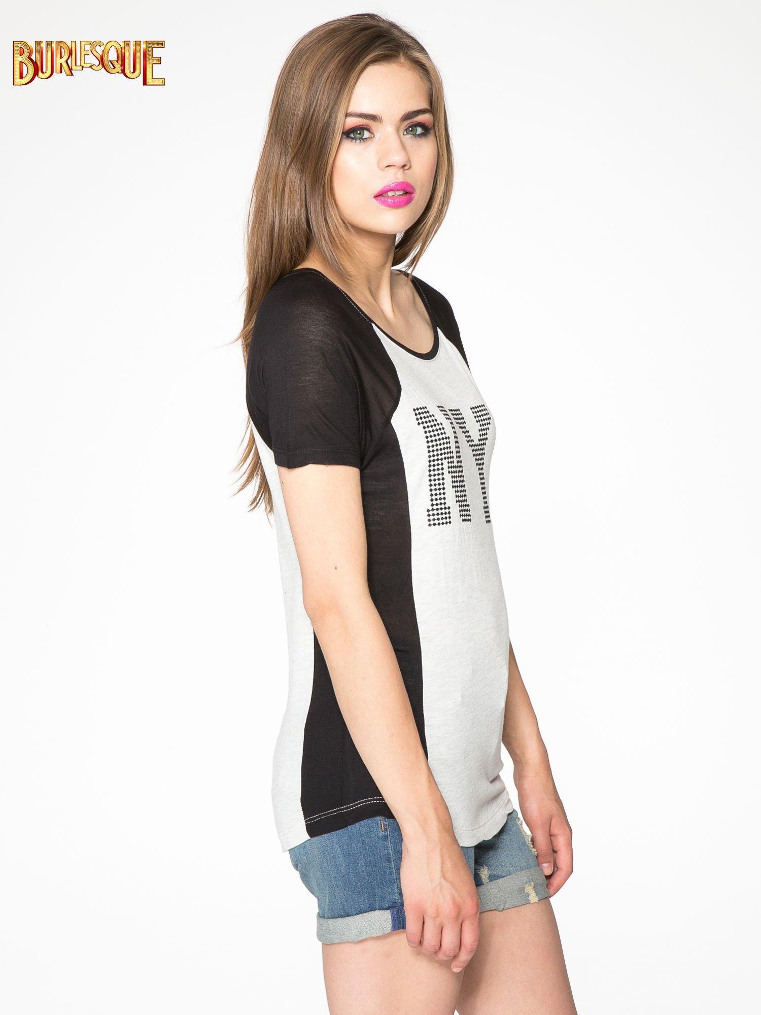 Szary t-shirt z błyszczącym nadrukiem NYC                                  zdj.                                  3