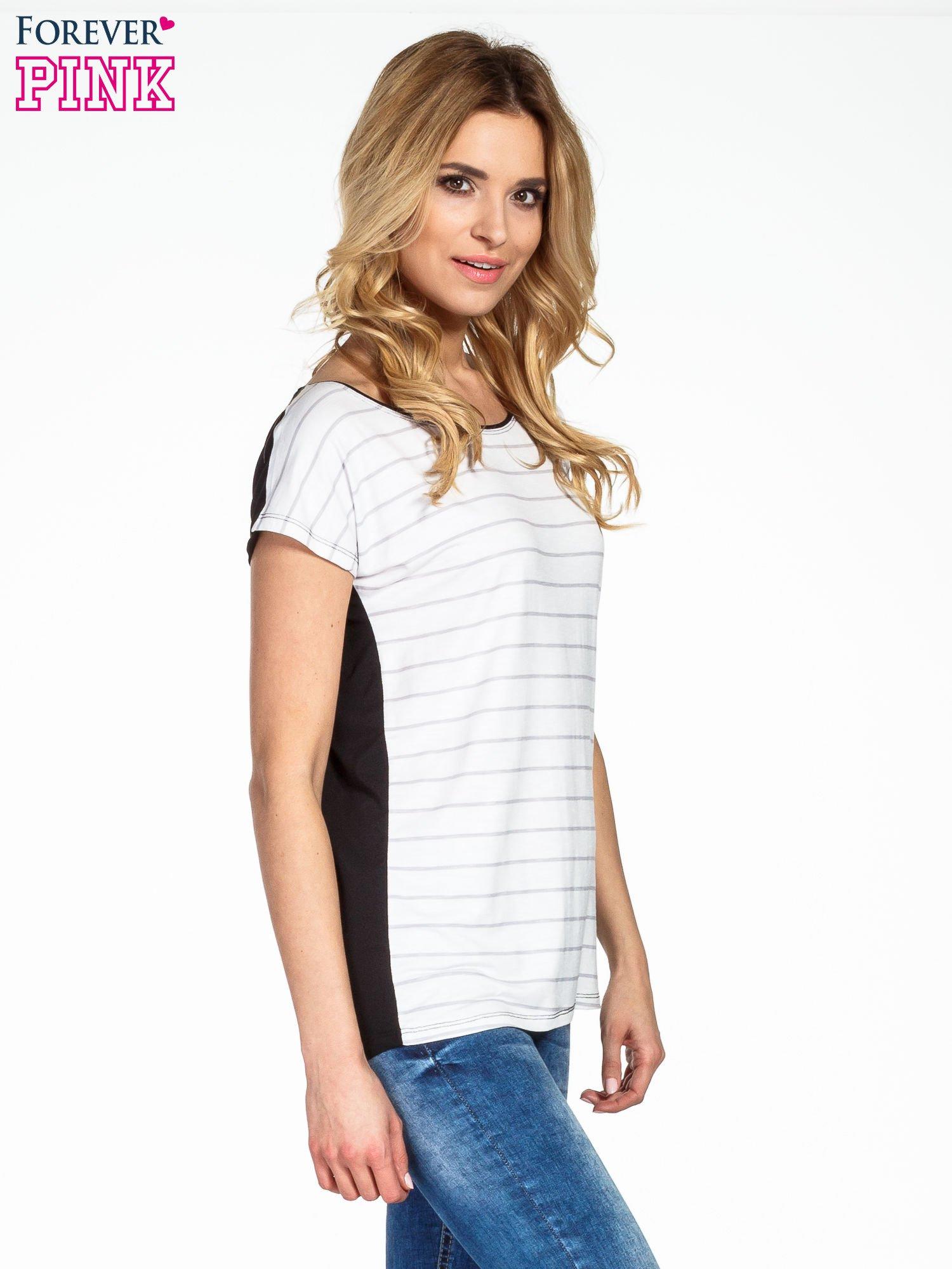 T-shirt w biało-czarne paski                                  zdj.                                  3