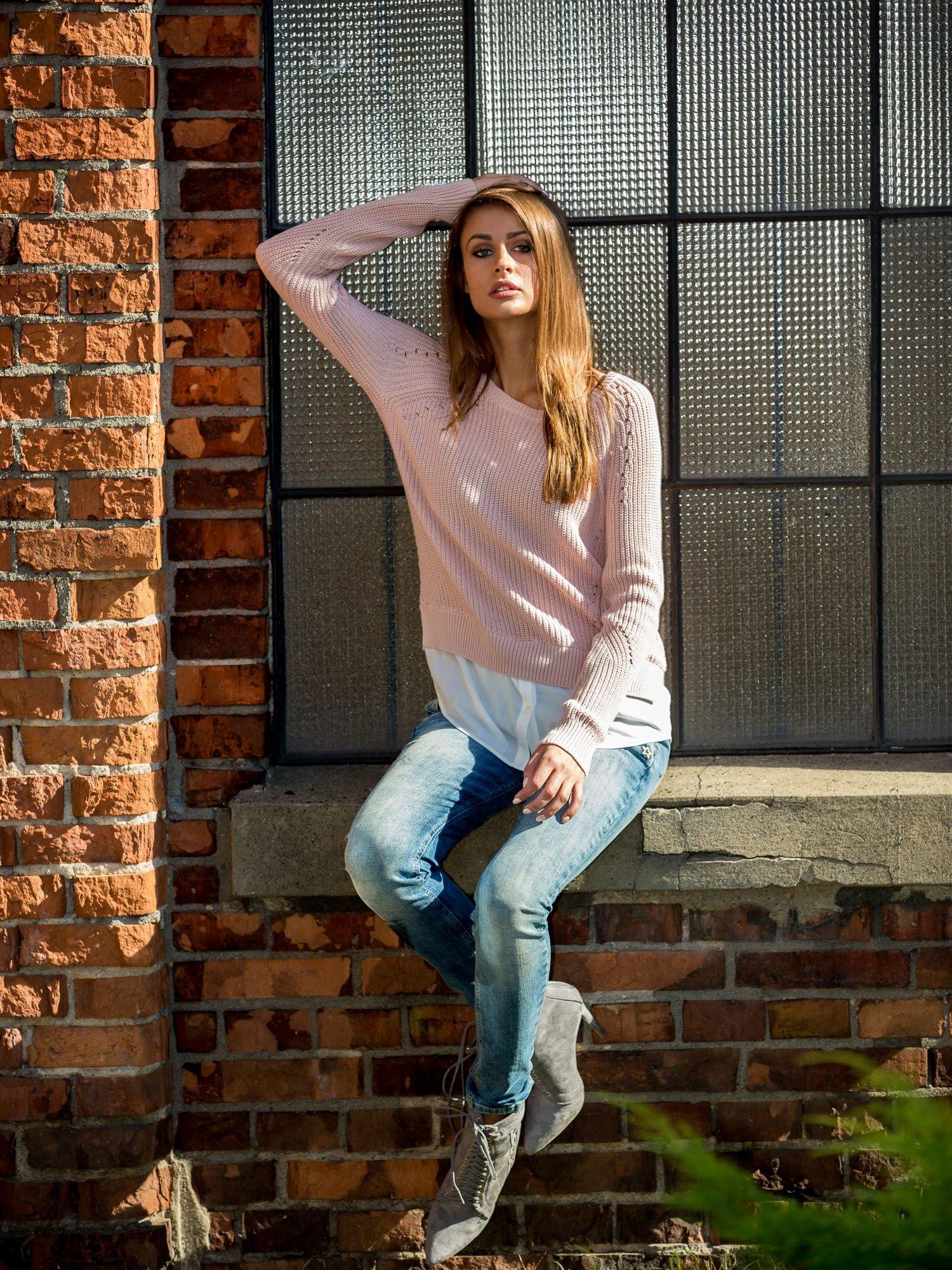 TOM TAILOR Brzoskwiniowy sweter z koszulą                                  zdj.                                  10