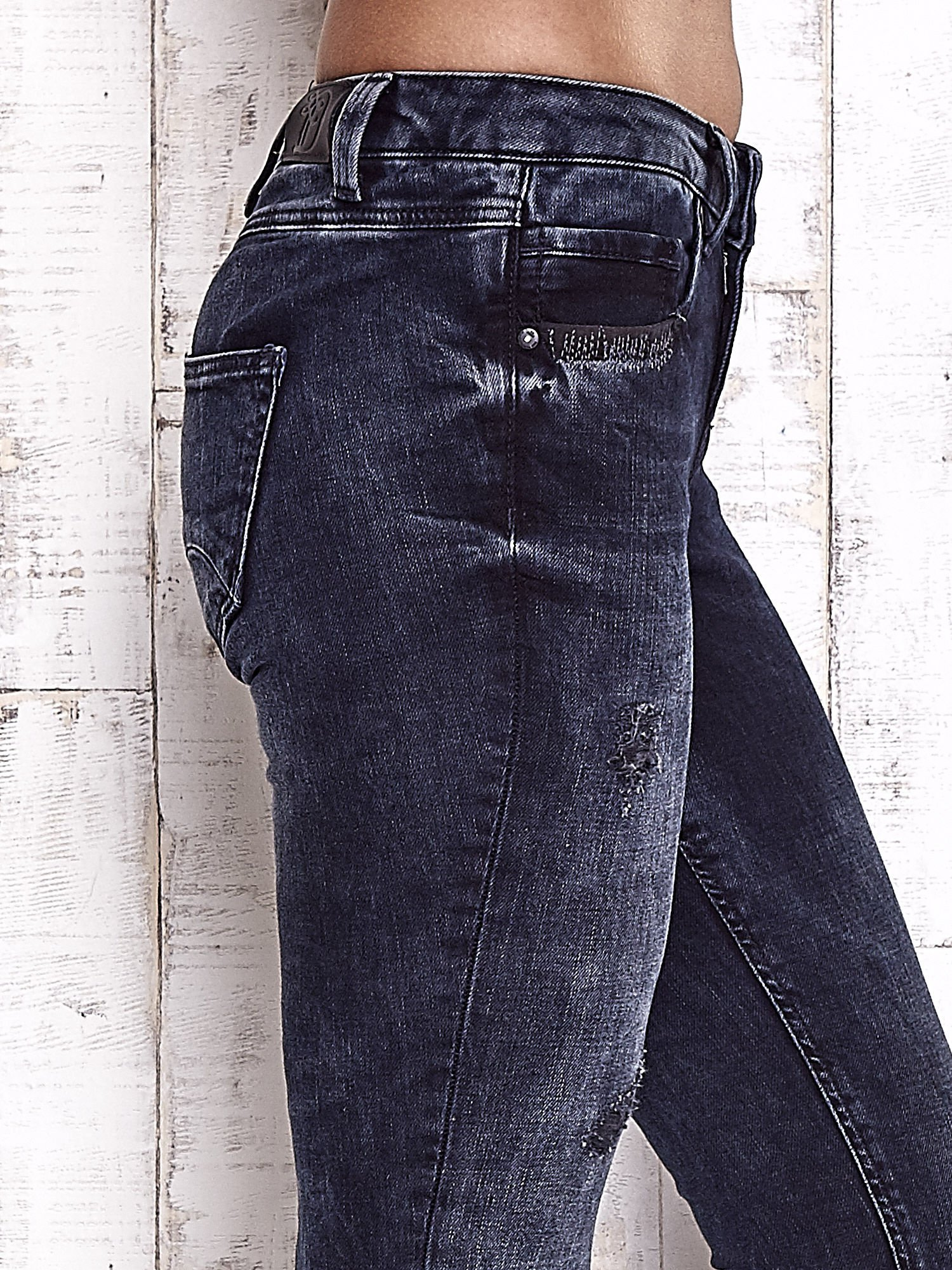 TOM TAILOR Granatowe przecierane jeansy                                  zdj.                                  5