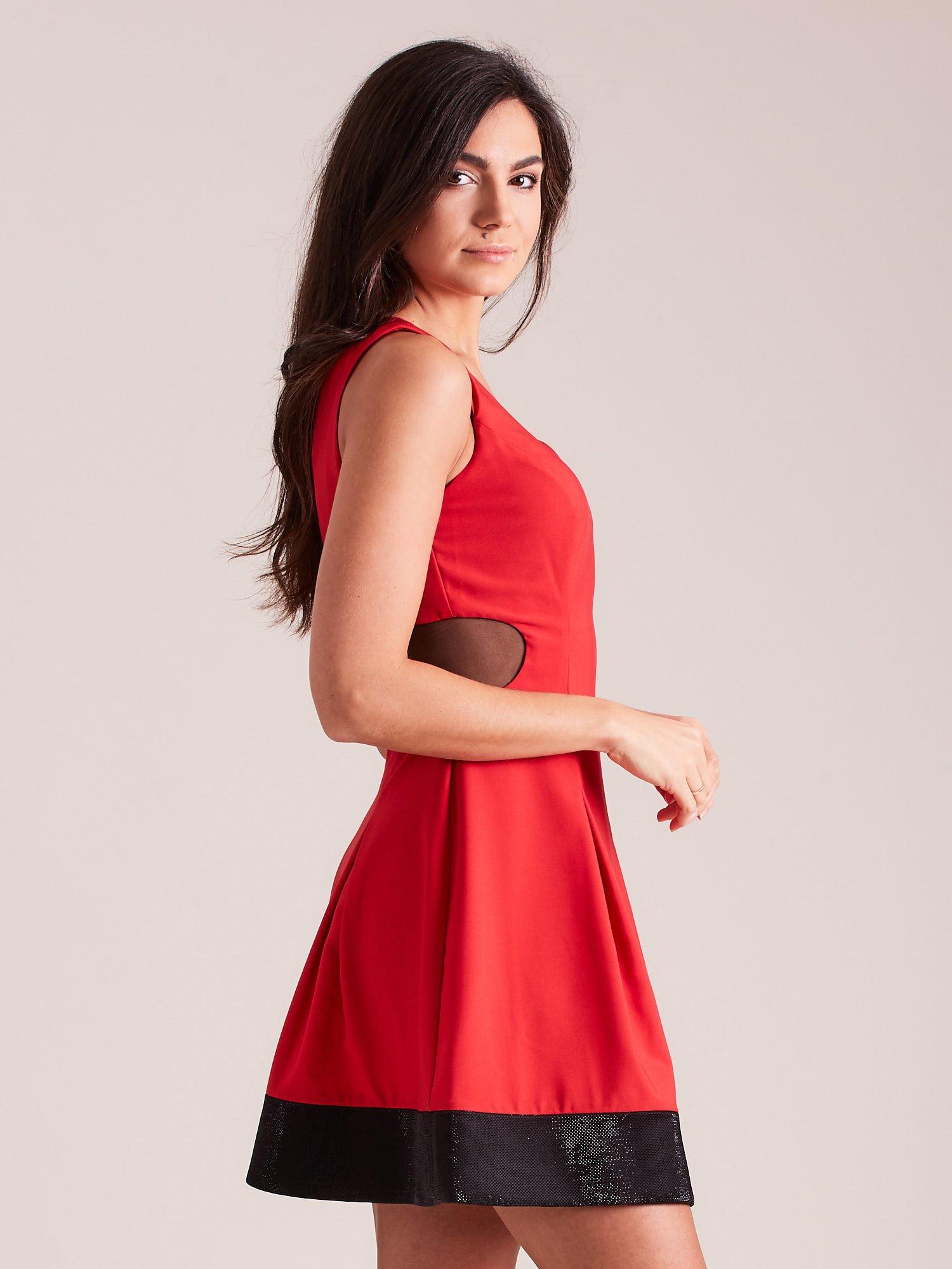 43fb8c319d Trapezowa sukienka koktajlowa z zakładkami czerwona - Sukienka koktajlowa -  sklep eButik.pl