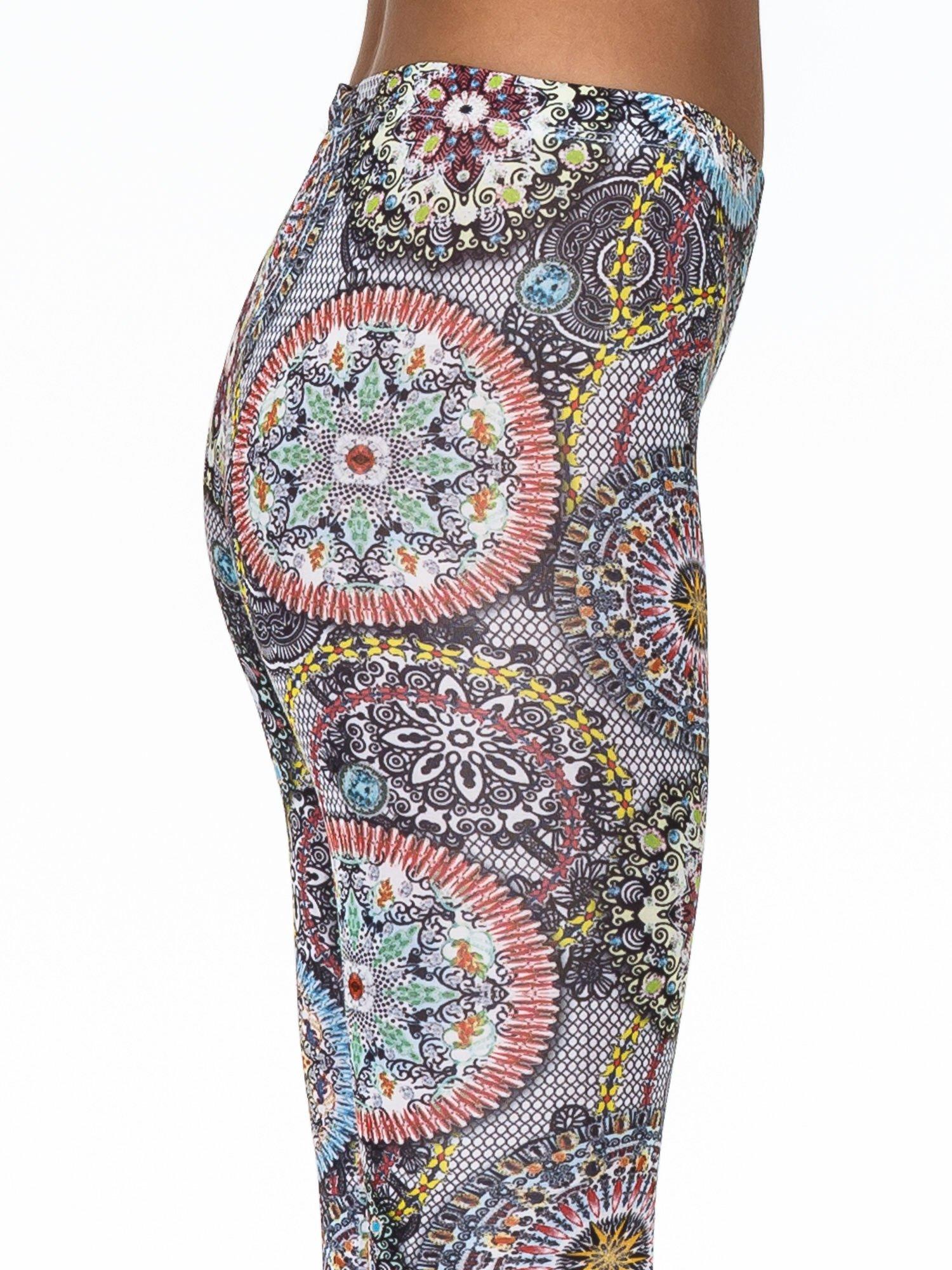 Wielokolorowe legginsy w etniczne wzory                                  zdj.                                  6