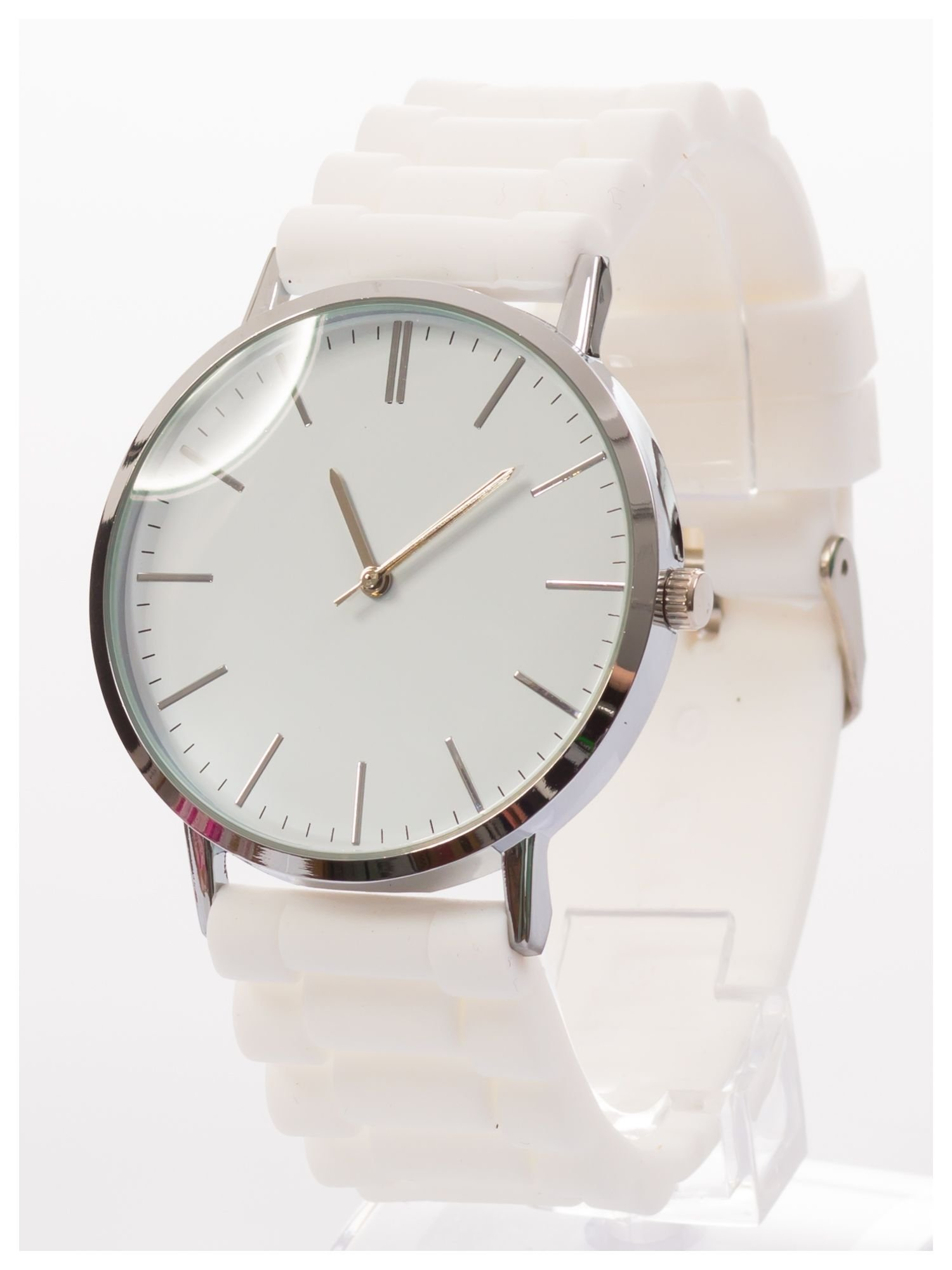 Zegarek unisex. Duża, wyraźna tarcza i doskonała prezencja. Wygodny silikonowy pasek.                                  zdj.                                  2