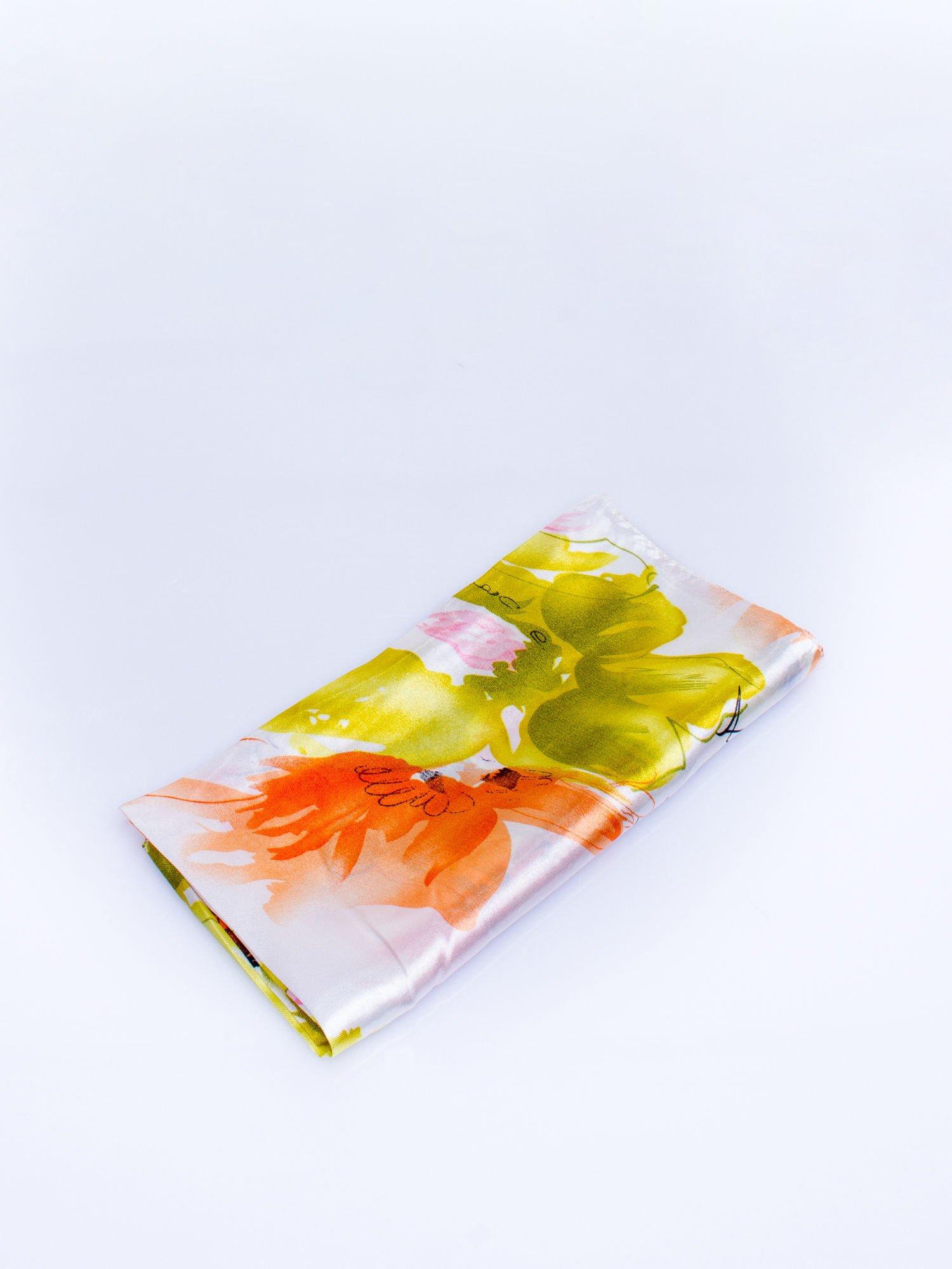 Zielona jedwabna chusta apaszka w kwiaty                                  zdj.                                  3