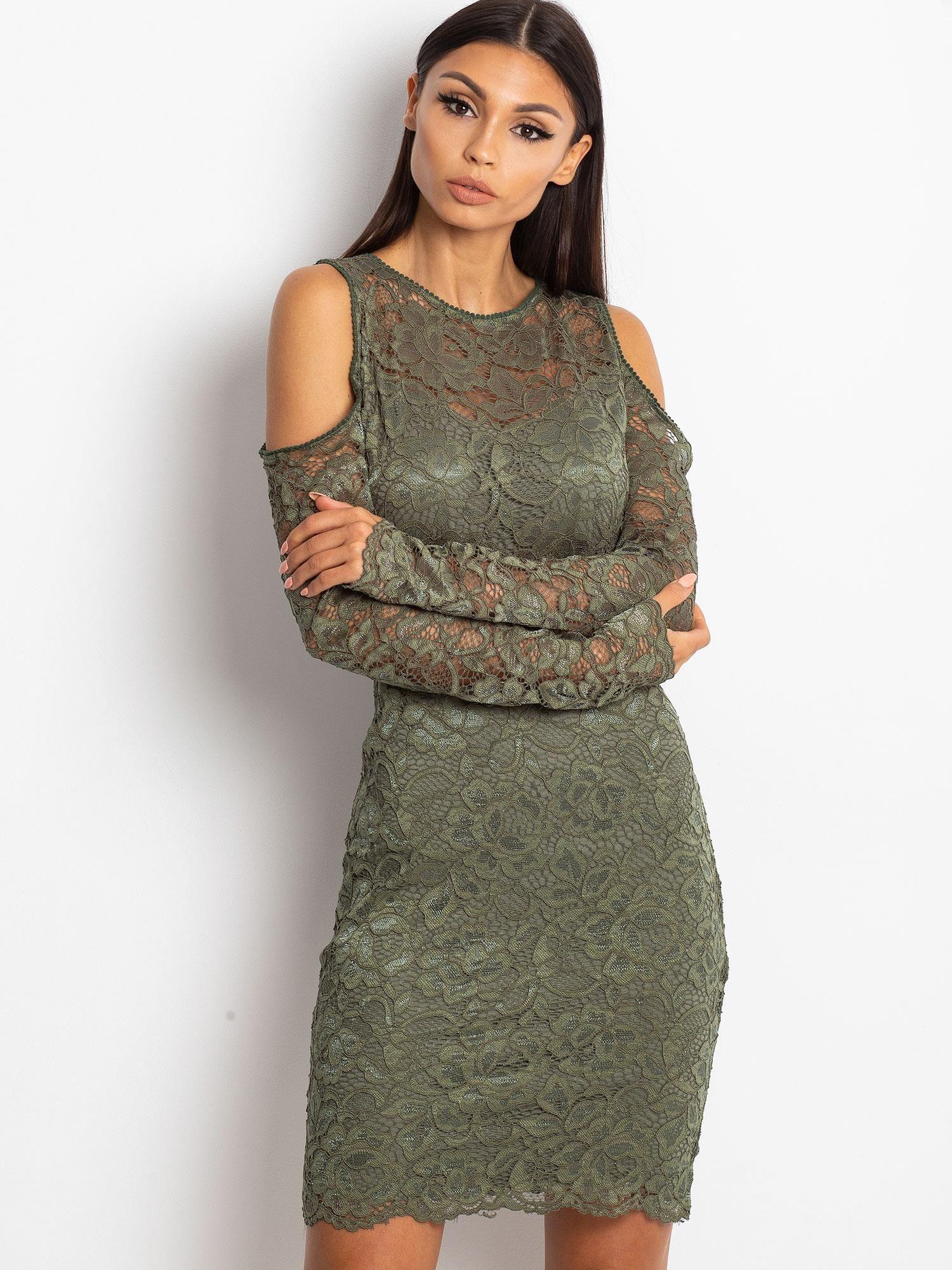 dde745ebf Zielona koronkowa sukienka z odkrytymi ramionami - Sukienka koktajlowa -  sklep eButik.pl