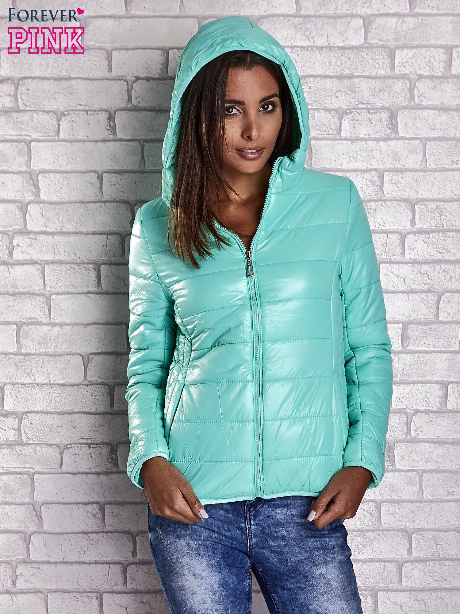 Zielona przejściowa kurtka z kapturem i kieszeniami                                  zdj.                                  6