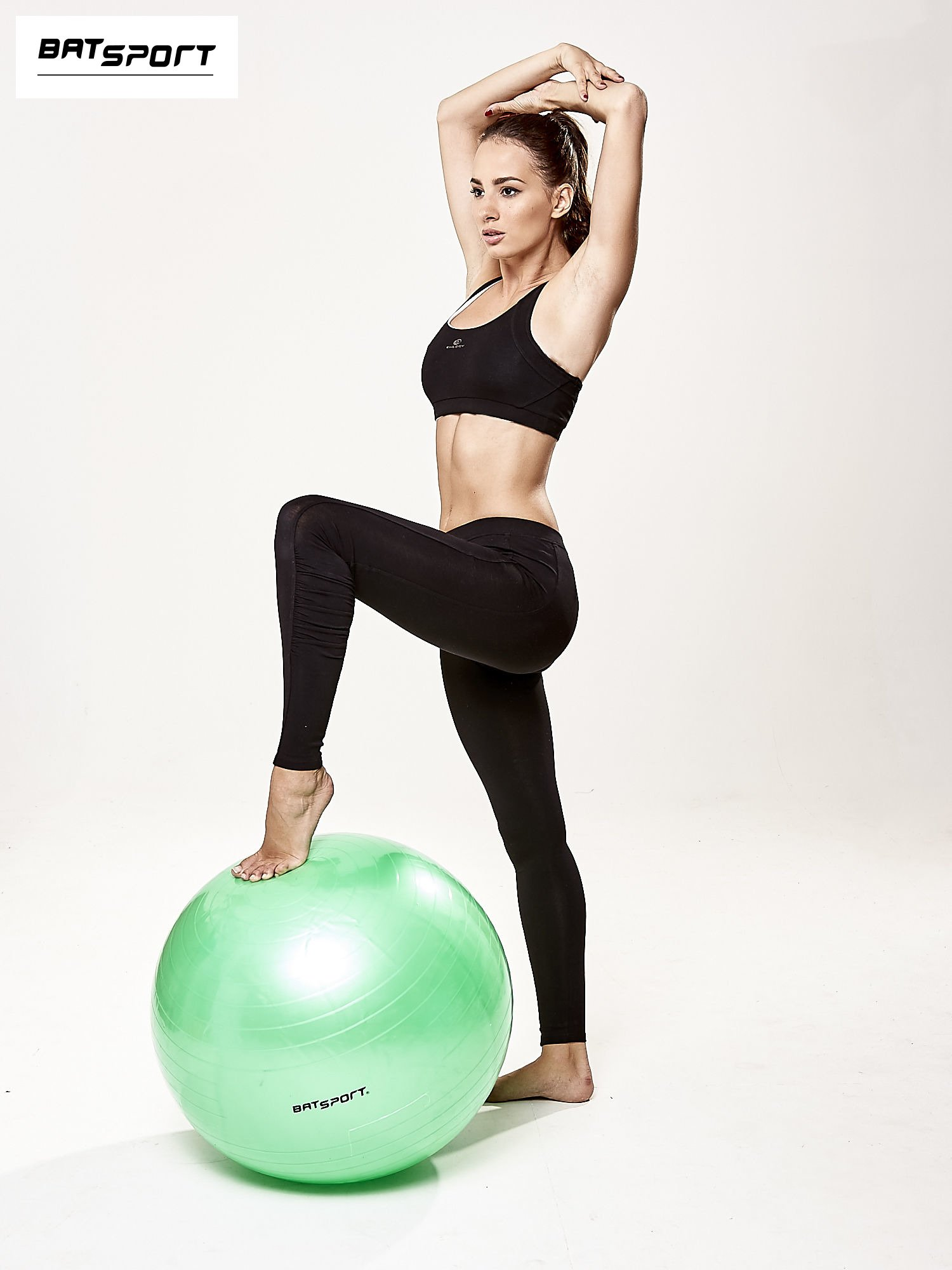 Zielona średnia piłka do fitnessu                                  zdj.                                  2