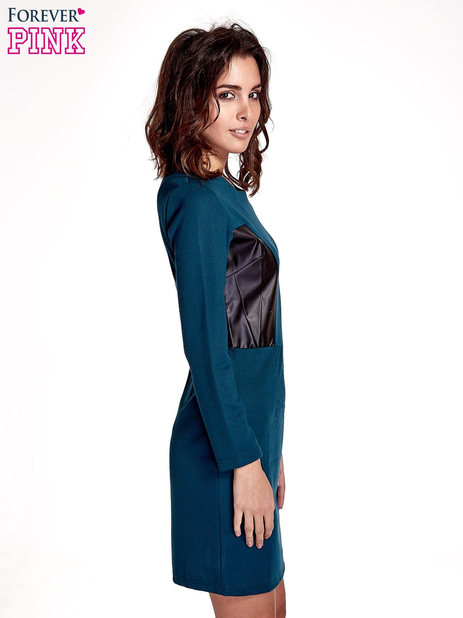 Zielona sukienka ze skórzanymi wstawkami                                  zdj.                                  3