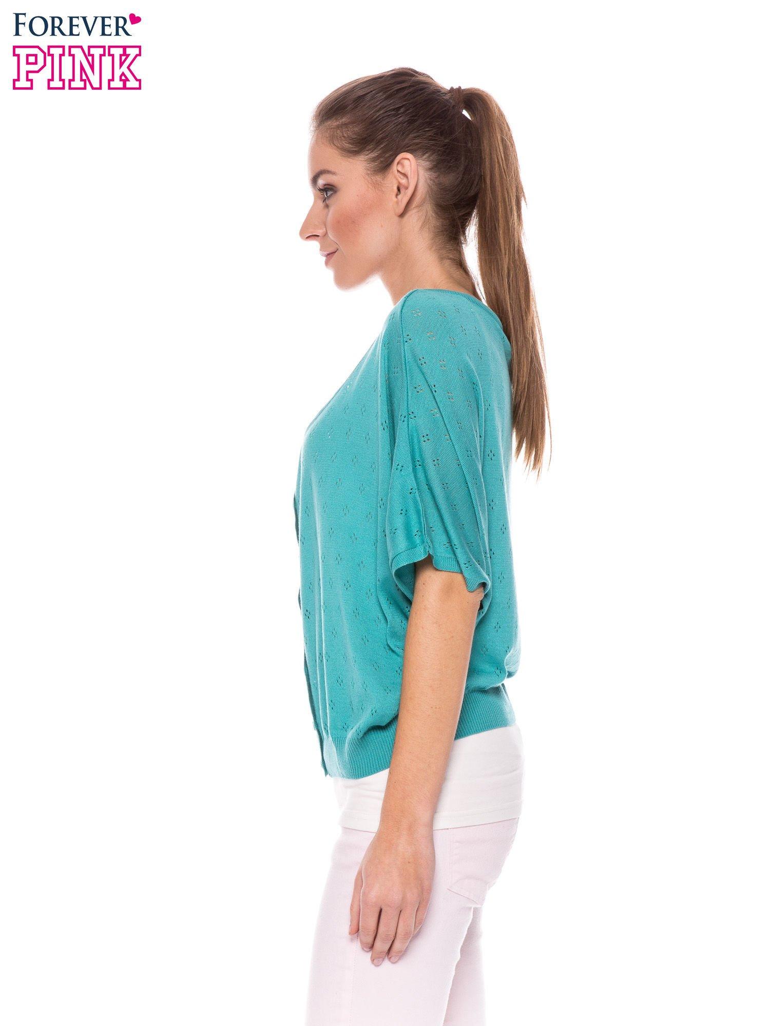 Zielony ażurowy sweterek z krótkim rękawem                                  zdj.                                  3