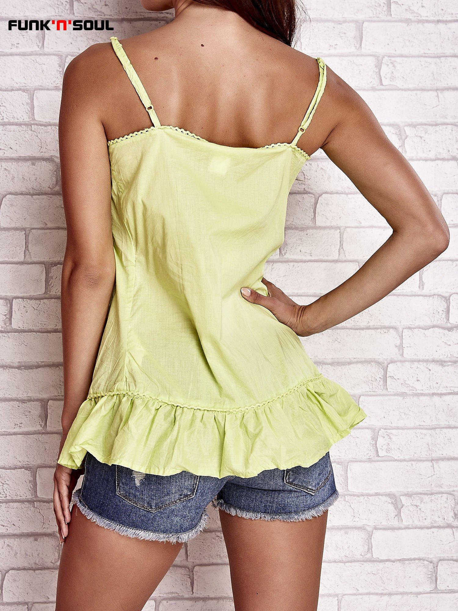 Zielony top na cienkich ramiączkach z falbaną FUNK N SOUL                                  zdj.                                  4
