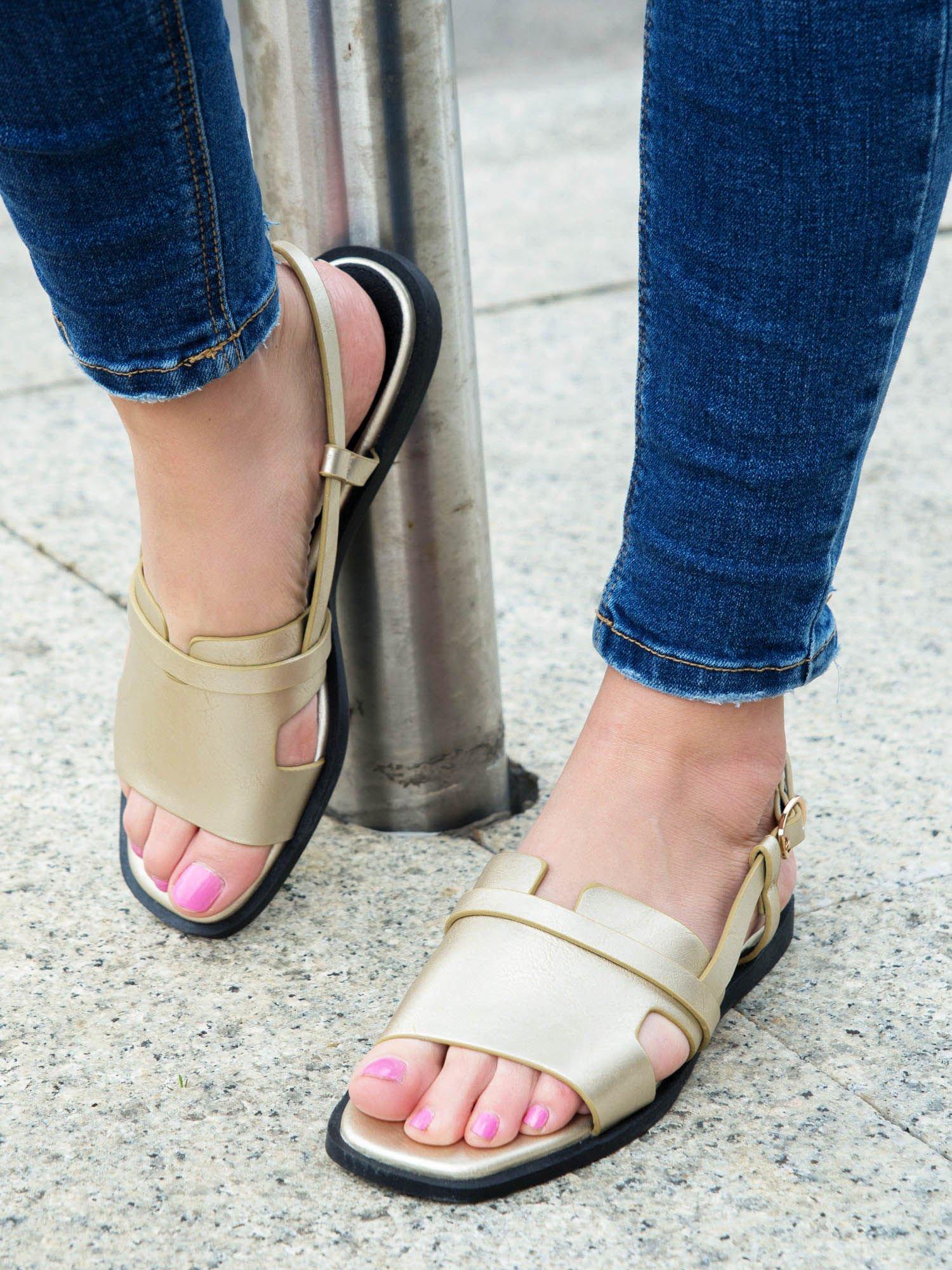 sandały skórzane damskie sprzaczki