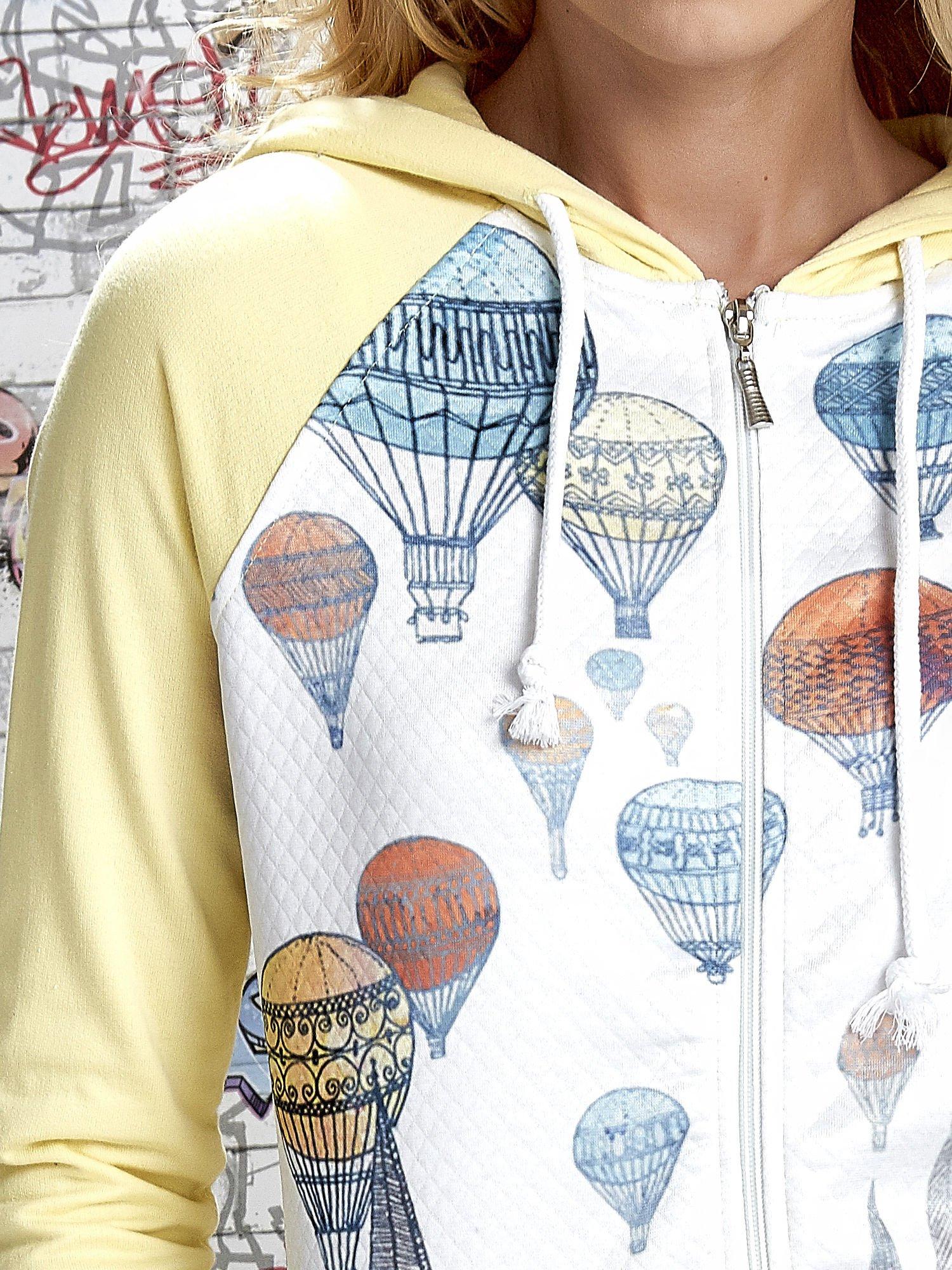 Żółta bluza z nadrukiem balonów                                  zdj.                                  6
