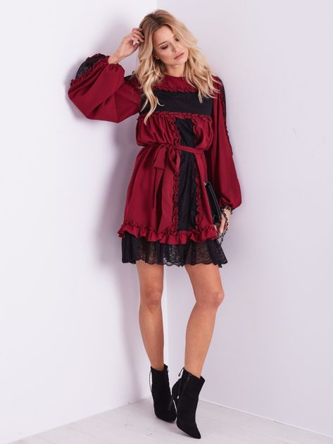 BY O LA LA Bordowa sukienka z koronką i falbankami                              zdj.                              12