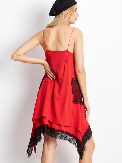 BY O LA LA Czerwona asymetryczna sukienka na cienkich ramiączkach                              zdj.                              2