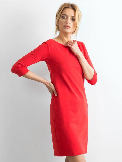 Bawełniana gładka sukienka oversize czerwona                              zdj.                              3