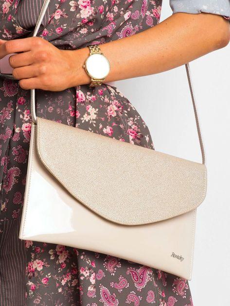Beżowa lakierowana kopertówka z klapką