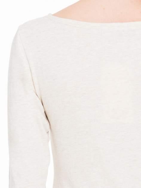 Beżowa melanżowa bluzka tunika z marszczonym dołem                                  zdj.                                  7
