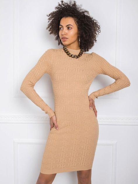 Beżowa sukienka Almond