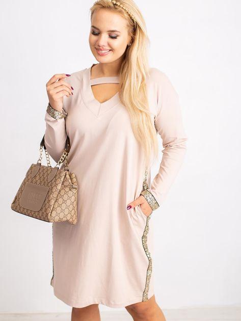 Beżowa sukienka plus size Mode                              zdj.                              1