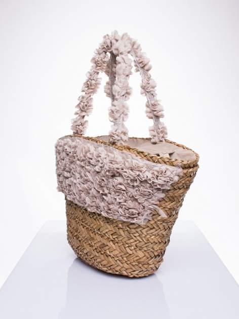 Beżowa torba koszyk plażowy z ozdobnymi kwiatami                                  zdj.                                  2