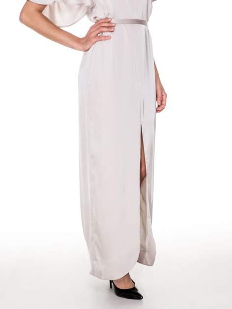 Beżowa zwiewna sukienka maxi z satyny                                  zdj.                                  6