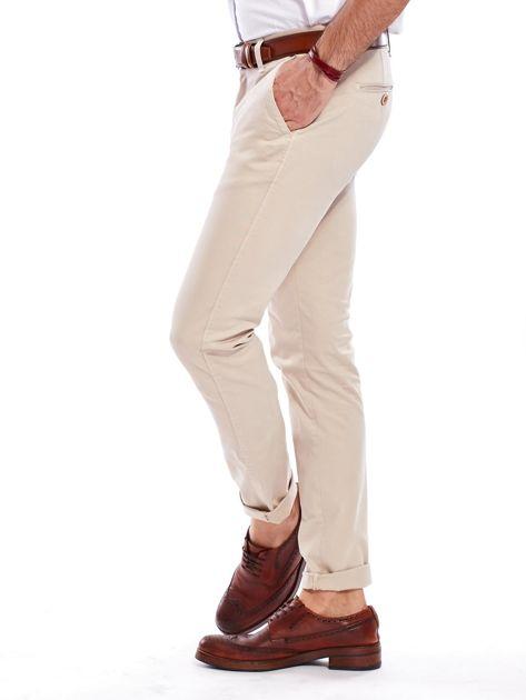 Beżowe bawełniane spodnie męskie chinosy                               zdj.                              7