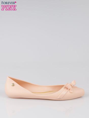 Beżowe gumowe balerinki z kokardką