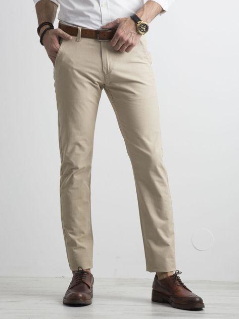 Beżowe męskie spodnie chino                              zdj.                              1