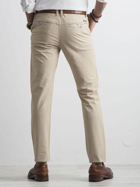 Beżowe męskie spodnie chino                              zdj.                              2