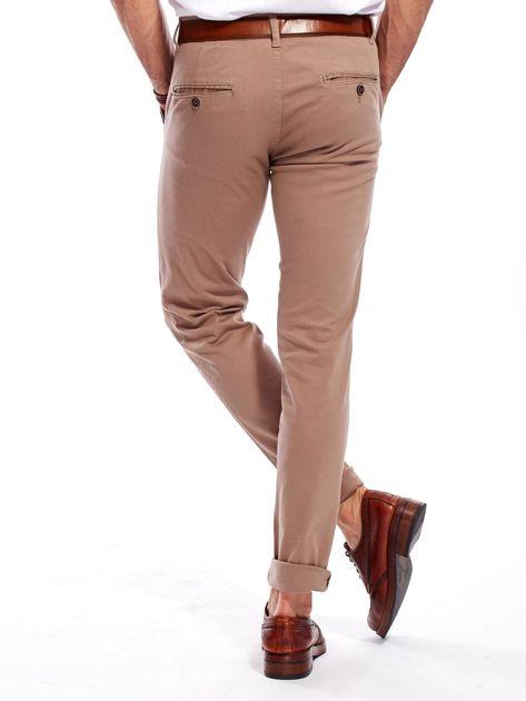 Beżowe spodnie męskie chinosy                                  zdj.                                  3