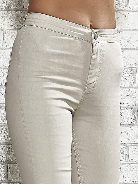 Beżowe spodnie rurki skinny                                  zdj.                                  5
