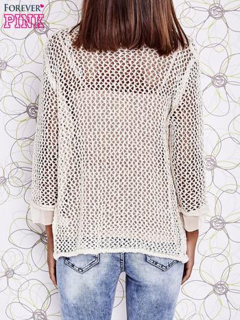 Beżowy ażurowy sweter z tiulowym wykończeniem rękawów                                  zdj.                                  4