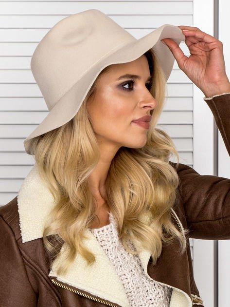 Beżowy filcowy kapelusz damski                               zdj.                              5