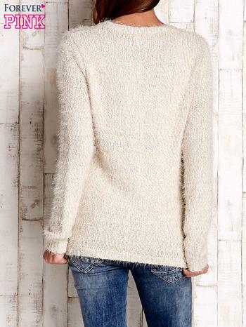 Beżowy sweter long hair z kokardkami                                  zdj.                                  4