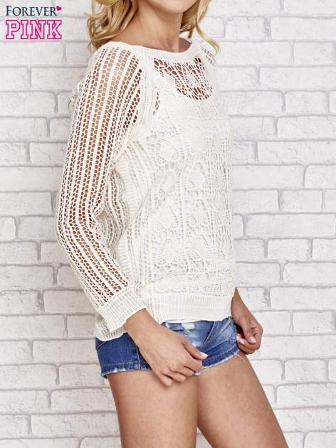 Beżowy szydełkowy sweterek                                  zdj.                                  3