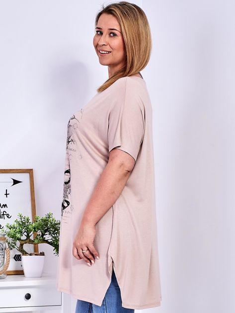Beżowy t-shirt damski w motyle PLUS SIZE                              zdj.                              5
