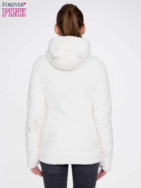 Biała bluza misiek z kapturem i pomponami                                  zdj.                                  3