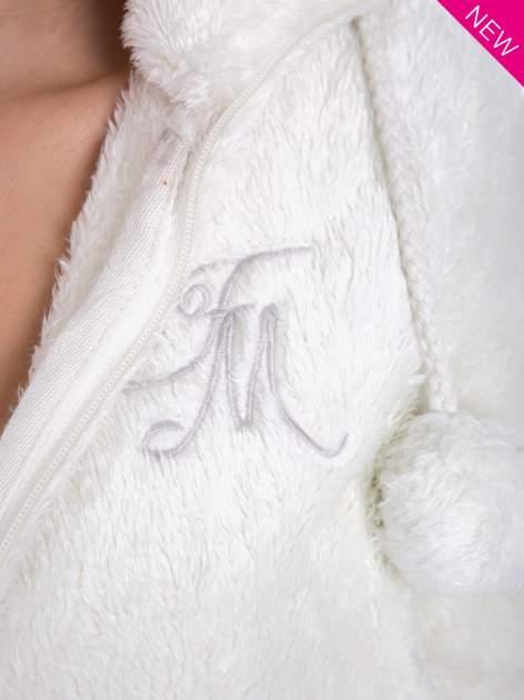Biała bluza polarowa z kapturem z pomponikami                                  zdj.                                  10
