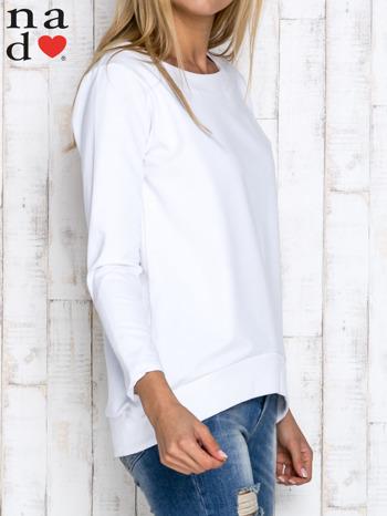 Biała bluza z dekoltem w łódkę                                  zdj.                                  3
